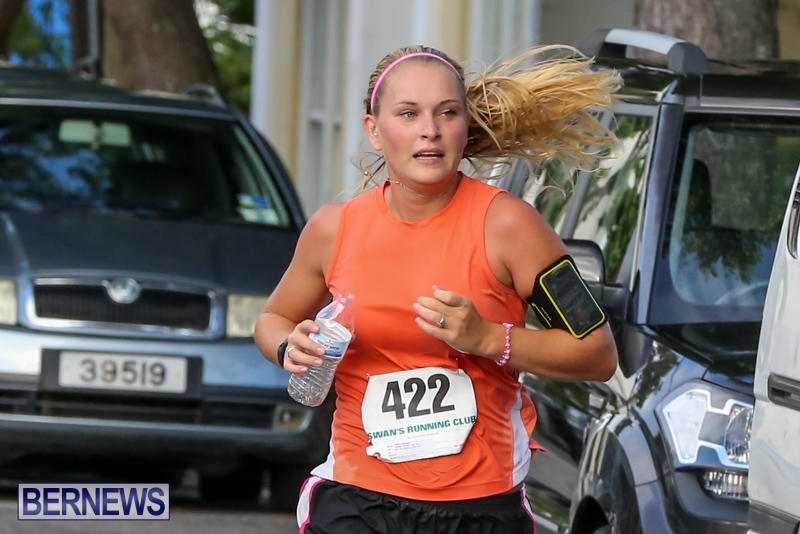 Nicole-Andreasen-Labour-Day-5-Mile-Race-Bermuda-September-7-2015-2