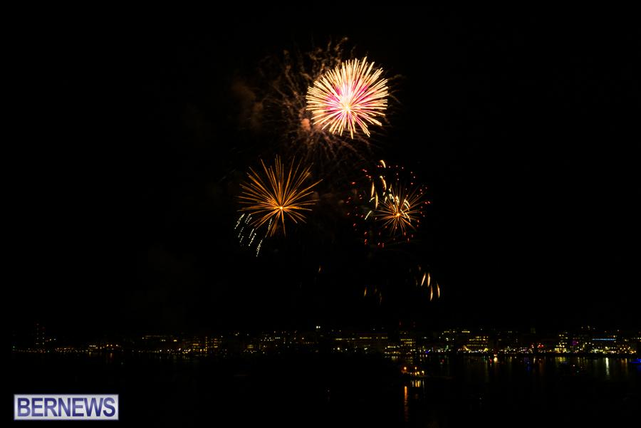 2015-Americas-Cup-fireworks-bermuda-5