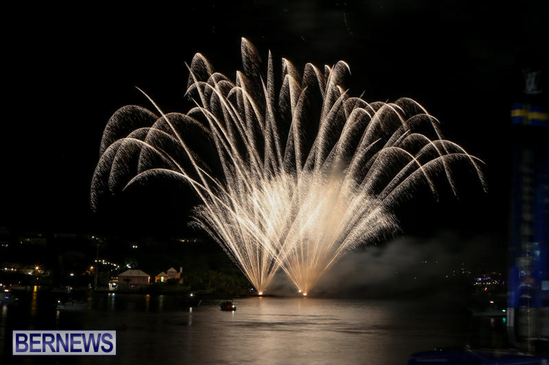 AC-World-Series-Opening-Fireworks-Bermuda-October-16-2015-11