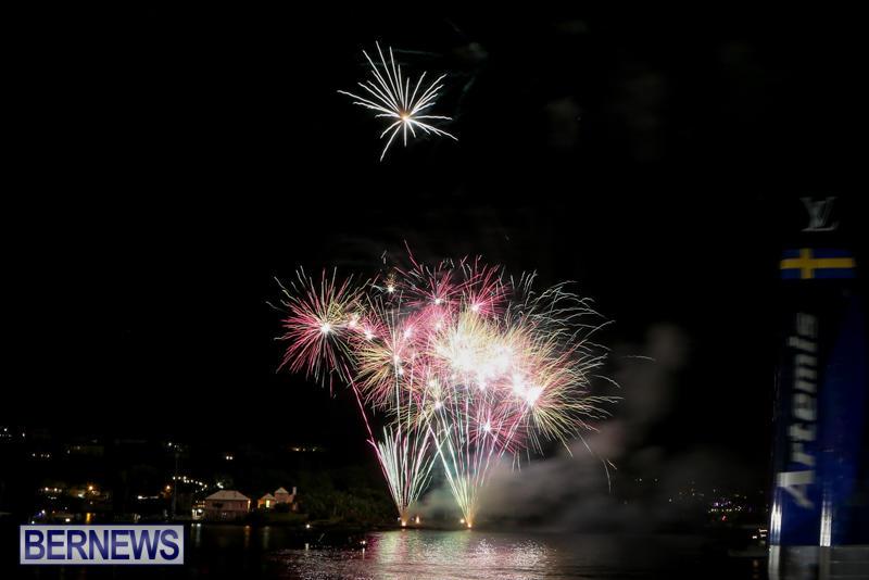 AC-World-Series-Opening-Fireworks-Bermuda-October-16-2015-14