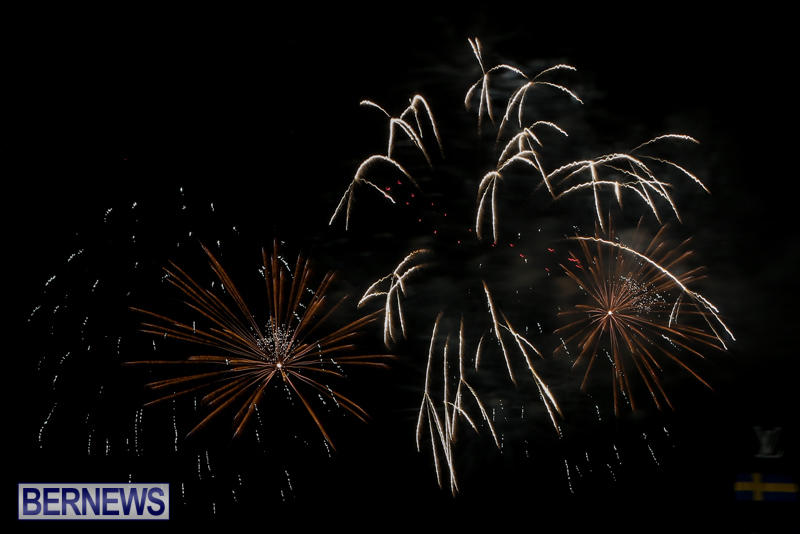 AC-World-Series-Opening-Fireworks-Bermuda-October-16-2015-7