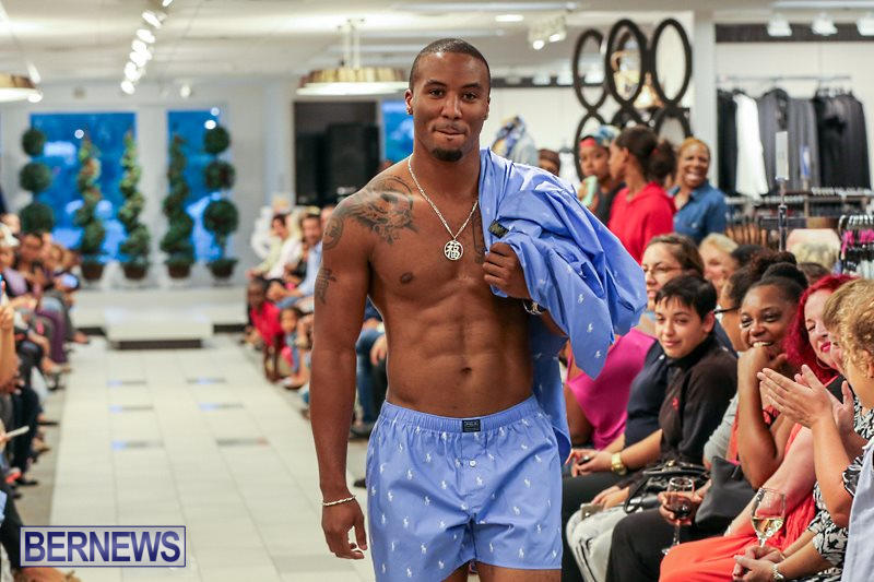 AS-Cooper-Sons-Fashion-Show-Bermuda-October-22-2015-38