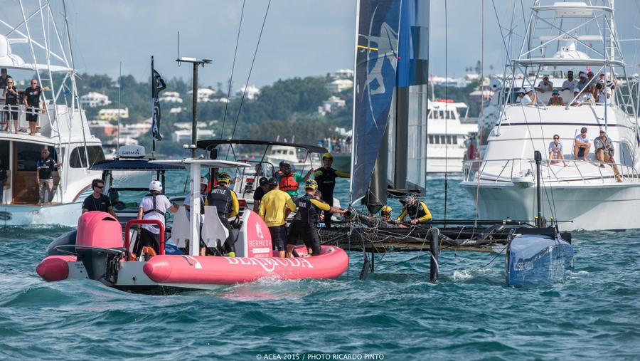 Bermuda-Americas-Cup-World-Series-racing-day-2-2015-10-001