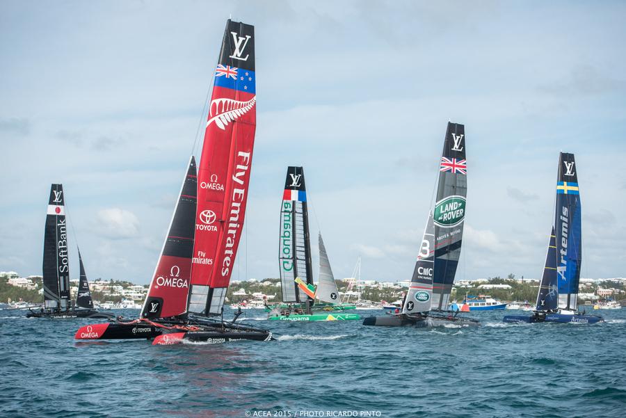 Bermuda-Americas-Cup-World-Series-racing-day-2-2015-17-001