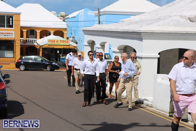 Bermuda-Hamilton-walk-Oct-1-2015-12