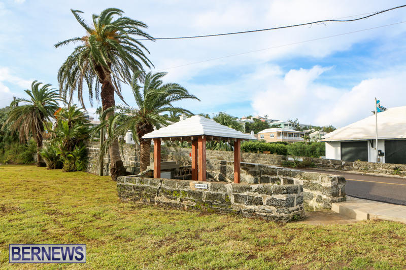 Black-Watch-Pass-Well-Bermuda-October-22-2015-1