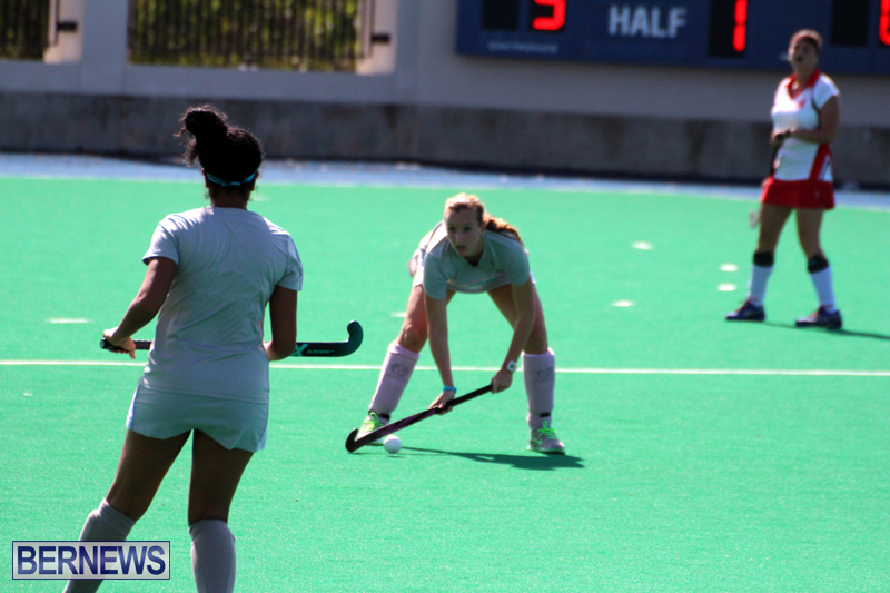 Budgies-and-Swallows-Field-Hockey-Bermuda-October-2015-10