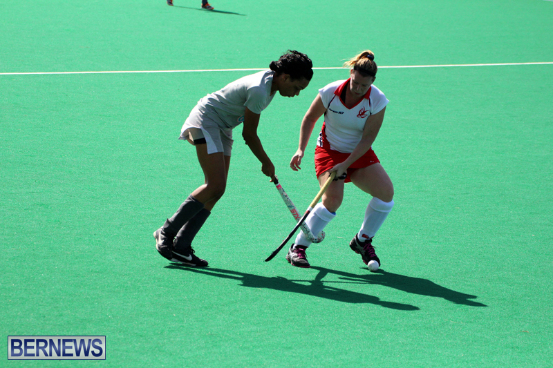 Budgies-and-Swallows-Field-Hockey-Bermuda-October-2015-7