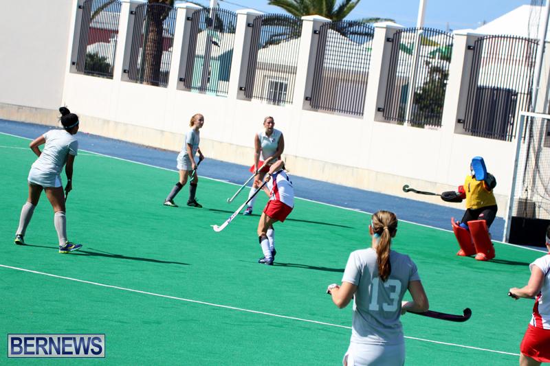 Budgies-and-Swallows-Field-Hockey-Bermuda-October-2015-8
