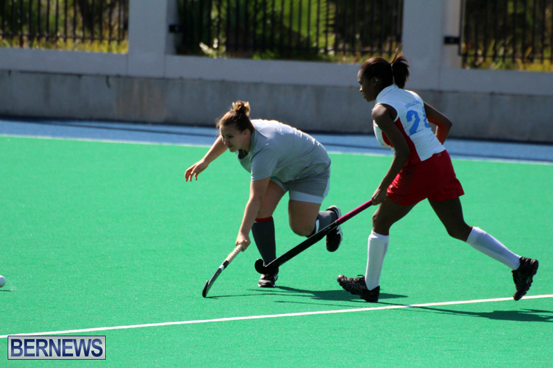 Budgies-and-Swallows-Field-Hockey-Bermuda-October-2015-9