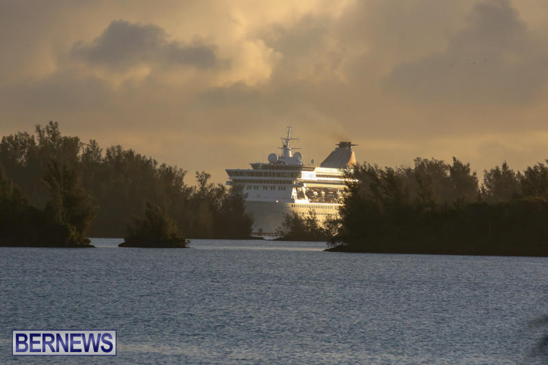 Cruise-Ship-Balmoral-In-St-Georges-Bermuda-October-9-2015-1