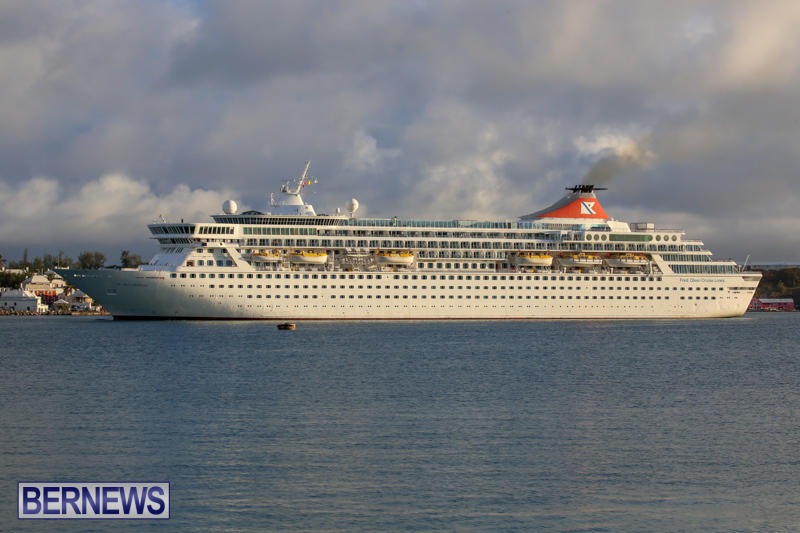 Cruise-Ship-Balmoral-In-St-Georges-Bermuda-October-9-2015-11