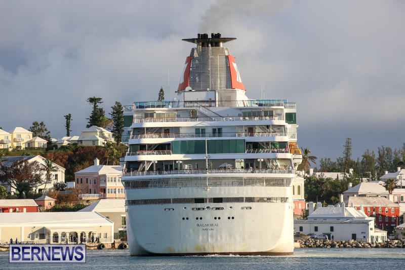 Cruise-Ship-Balmoral-In-St-Georges-Bermuda-October-9-2015-19