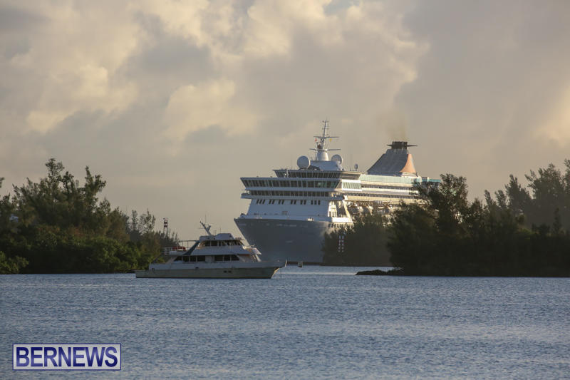 Cruise-Ship-Balmoral-In-St-Georges-Bermuda-October-9-2015-2