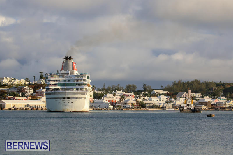 Cruise-Ship-Balmoral-In-St-Georges-Bermuda-October-9-2015-20
