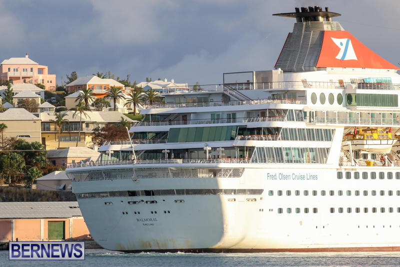 Cruise-Ship-Balmoral-In-St-Georges-Bermuda-October-9-2015-21