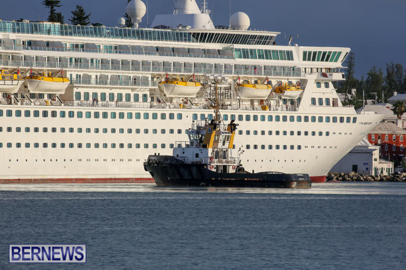 Cruise-Ship-Balmoral-In-St-Georges-Bermuda-October-9-2015-22