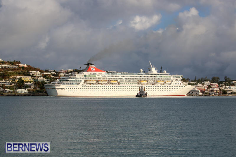 Cruise-Ship-Balmoral-In-St-Georges-Bermuda-October-9-2015-24