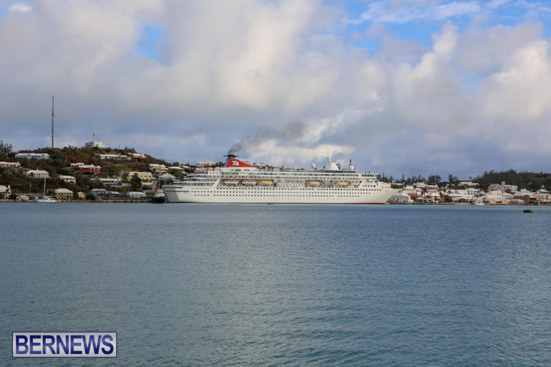 Cruise-Ship-Balmoral-In-St-Georges-Bermuda-October-9-2015-25