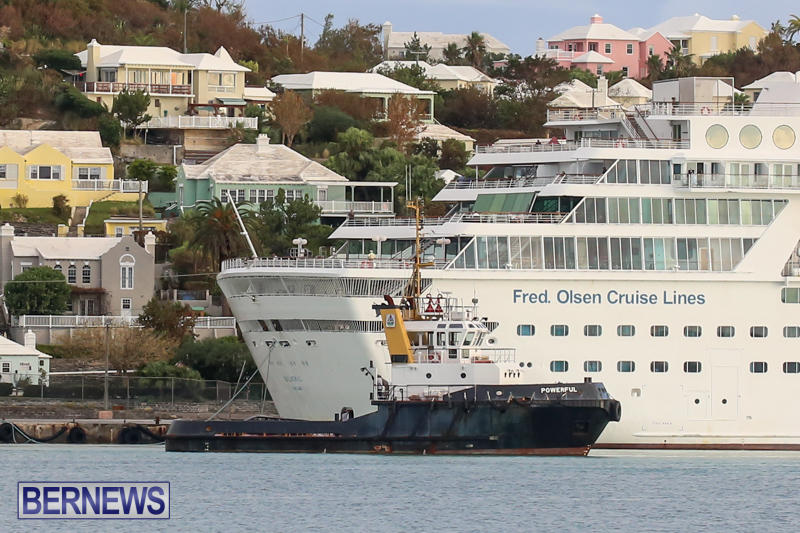 Cruise-Ship-Balmoral-In-St-Georges-Bermuda-October-9-2015-27