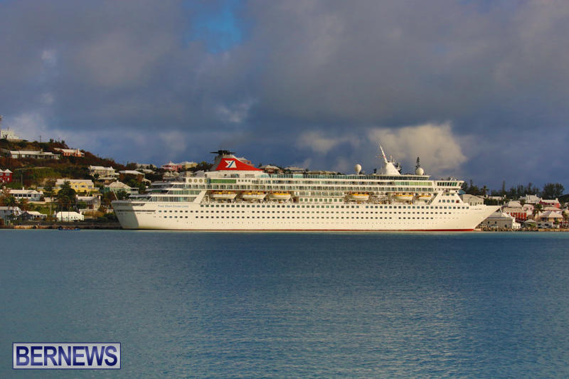 Cruise-Ship-Balmoral-In-St-Georges-Bermuda-October-9-2015-28