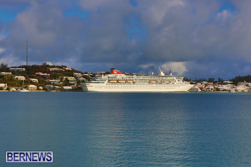 Cruise-Ship-Balmoral-In-St-Georges-Bermuda-October-9-2015-29
