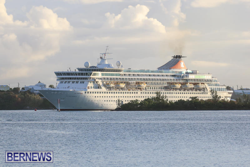 Cruise-Ship-Balmoral-In-St-Georges-Bermuda-October-9-2015-4