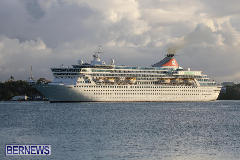 Cruise-Ship-Balmoral-In-St-Georges-Bermuda-October-9-2015-6