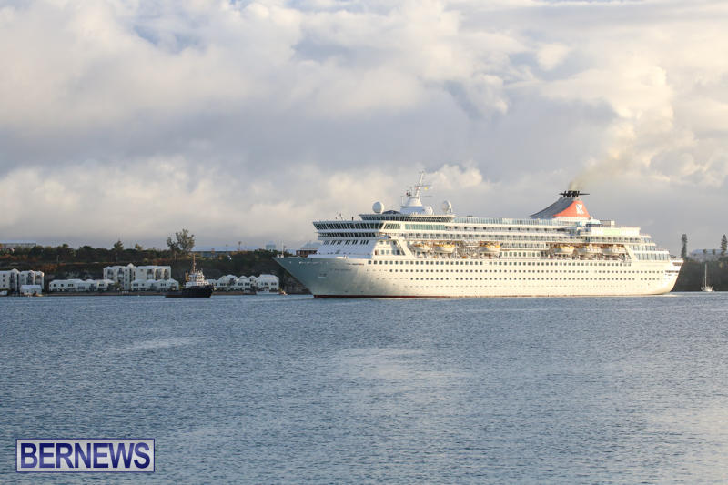 Cruise-Ship-Balmoral-In-St-Georges-Bermuda-October-9-2015-7