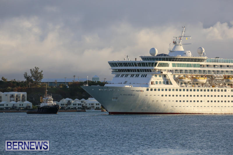 Cruise-Ship-Balmoral-In-St-Georges-Bermuda-October-9-2015-8