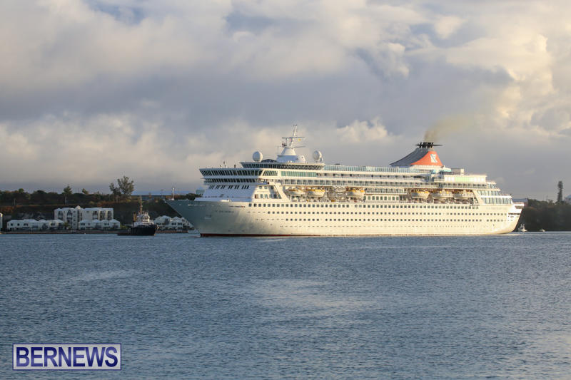 Cruise-Ship-Balmoral-In-St-Georges-Bermuda-October-9-2015-9