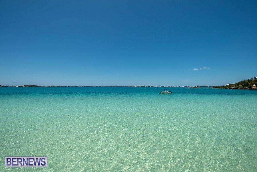 936 Clear Bermuda Water Bermuda generic Nov 2015