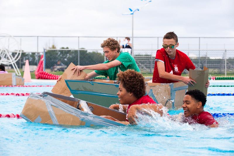 Bermuda-Cardboard-Boat-contest-Nov-15-12