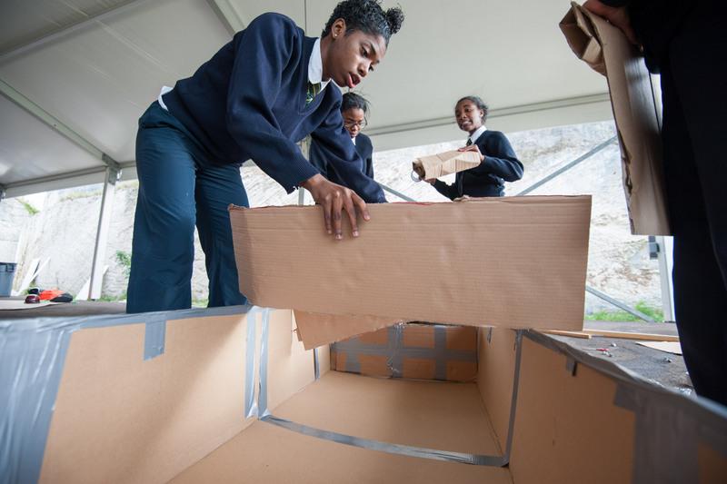 Bermuda-Cardboard-Boat-contest-Nov-15-4
