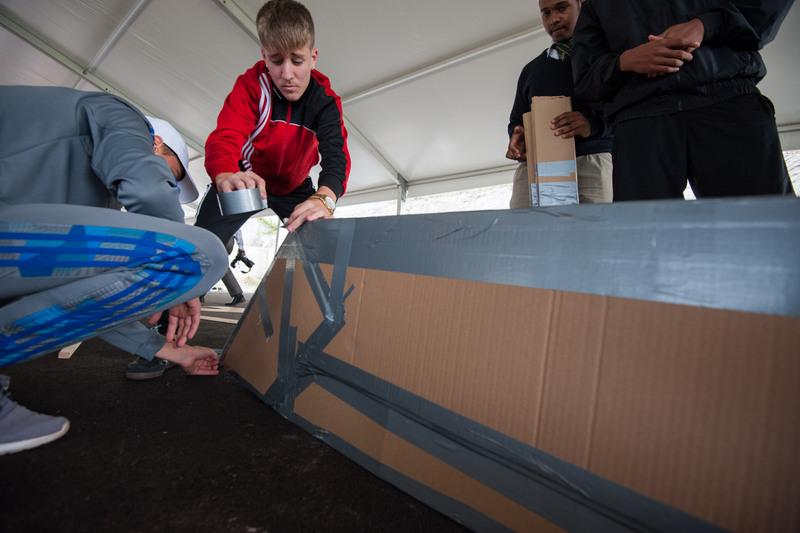 Bermuda-Cardboard-Boat-contest-Nov-15-5
