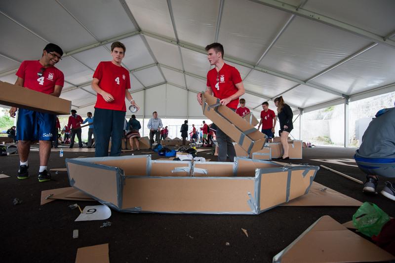 Bermuda-Cardboard-Boat-contest-Nov-15-6