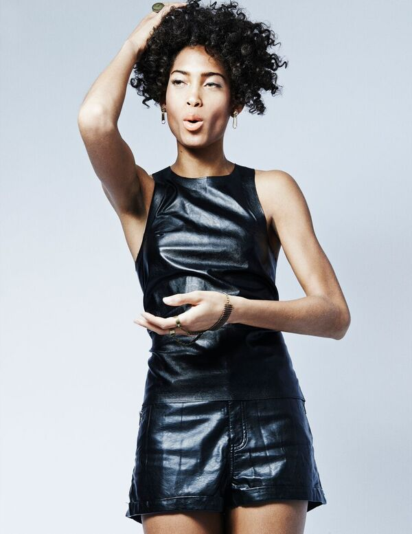 Bermuda Model Lily Lillian Lightbourn magazine Nov 2015 (2)