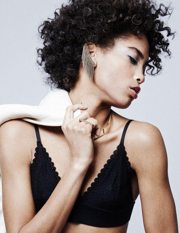 Bermuda Model Lily Lillian Lightbourn magazine Nov 2015 (8)
