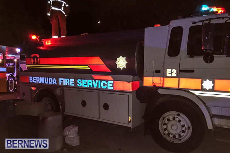 Car Shed Fire Truck Tanker Bermuda, November 17 2015-8