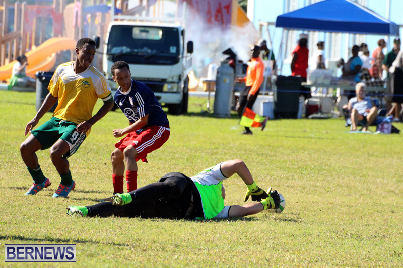 Football-FirstPremier-Division-Bermuda-November-2015-14