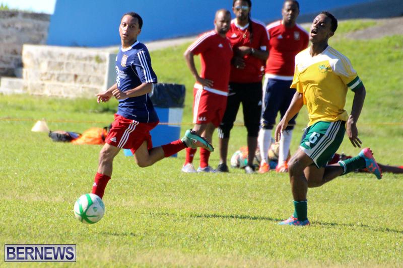 Football-FirstPremier-Division-Bermuda-November-2015-3