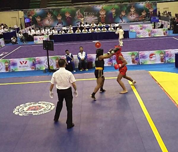 Krista Dyer's fight in Indonesia Bermuda Nov 13 2015