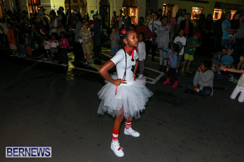 MarketPlace-Santa-Parade-Bermuda-November-29-2015-118