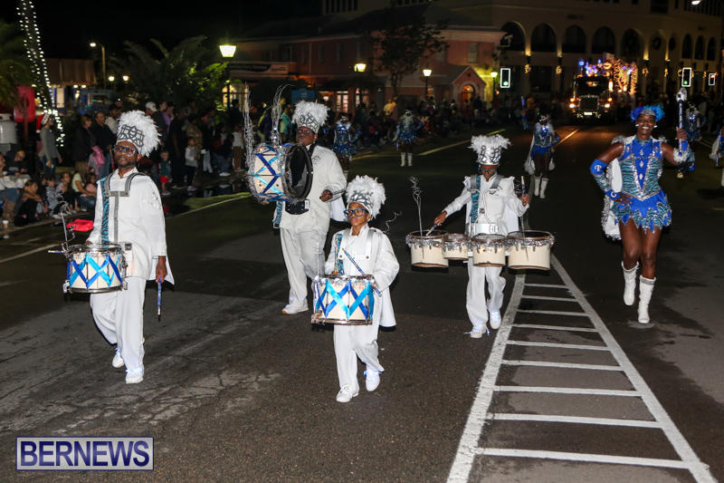 MarketPlace-Santa-Parade-Bermuda-November-29-2015-141