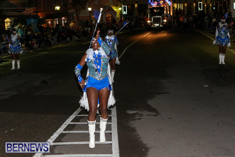 MarketPlace-Santa-Parade-Bermuda-November-29-2015-143