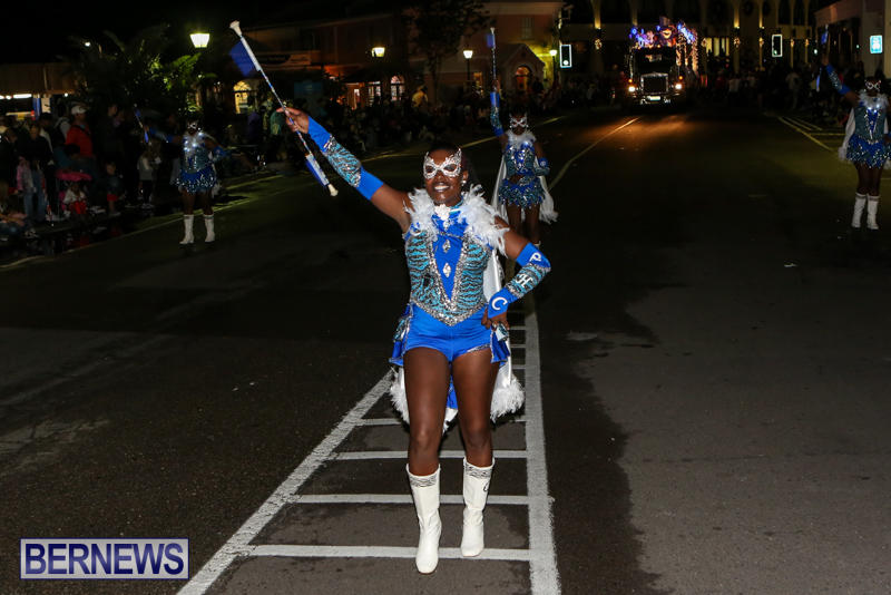 MarketPlace-Santa-Parade-Bermuda-November-29-2015-145