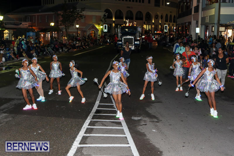 MarketPlace-Santa-Parade-Bermuda-November-29-2015-158