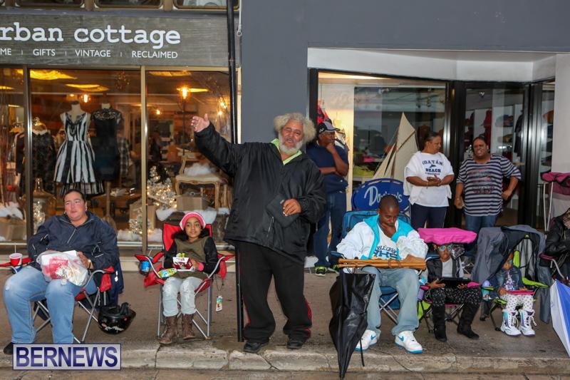 MarketPlace-Santa-Parade-Bermuda-November-29-2015-16