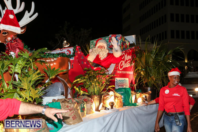 MarketPlace-Santa-Parade-Bermuda-November-29-2015-166