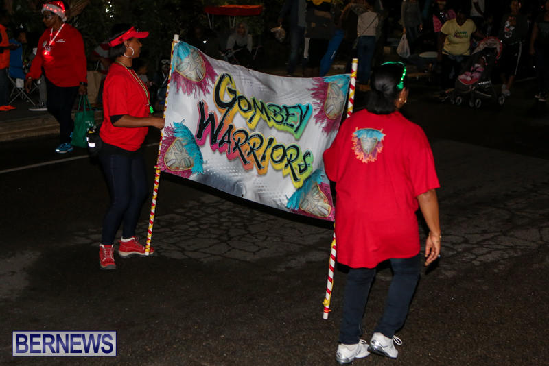 MarketPlace-Santa-Parade-Bermuda-November-29-2015-169